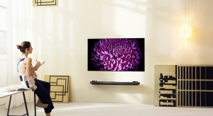 Niepowtarzalny realizm odtwarzanych obrazów,rozszerzona paleta barw oraz szereg nowoczesnych funkcji, które zmieniają telewizor w kompleksowe centrum rozrywki, a do tego niezwykły design to cechy nowoczesnych telewizorów.