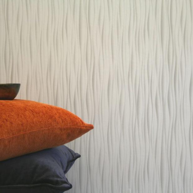 Dekoracja ścian: wybierz piękne tapety i panele