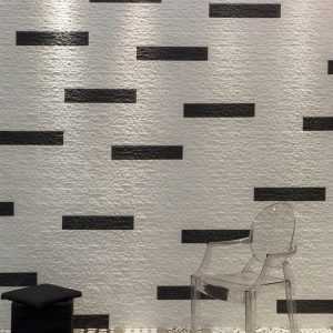 Płytki do salonu. Nowoczesne wydanie wzoru cegły. Fot. Azulejos