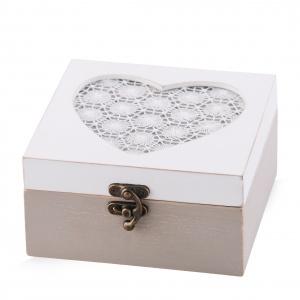 Biała szkatułka MERLETTO HEART. Fot. Home&You