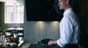 Franke Mythos, wykonana z ceramicznego, czarnego szkła z sześcioma polami grzewczymi jest synonimem oszczędności czasu i energii.