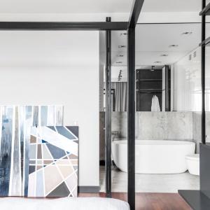 Apartamet na 11. piętrze Soho Factory. Projekt: arch. Joanna Węgłowska, arch. Wioletta Cieślik. Zdjęcia i stylizacja: Pion Poziom