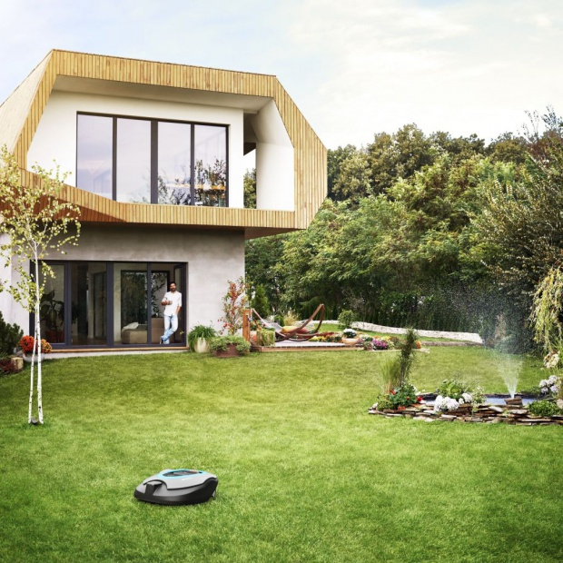 Inteligentny ogród: koszenie i podlewanie steruj telefonem