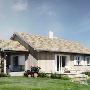 Dostępna z części jadalnej weranda jest dodatkową, atrakcyjną przestrzenią dzienną i letnim pokojem łączącym wnętrza domu z ogrodem. Bezpośrednio przy wejściu do domu - mała szatnia i pomieszczenie gospodarcze. Od frontu wiata na samochody lub garaż. Prosty, dwuspadowy dach, nieskomplikowana konstrukcja, niewielka powierzchnia użytkowa z wygodnym rozmieszczeniem funkcji mieszkalnych, a jednocześnie estetyczne i solidne wykończenia z pewnością zadowolą wymagających inwestorów o niewielkim budżecie. Dom N14. Projekt: arch. Sylwia Strzelecka. Fot. S&O Projekty Sylwii Strzeleckiej