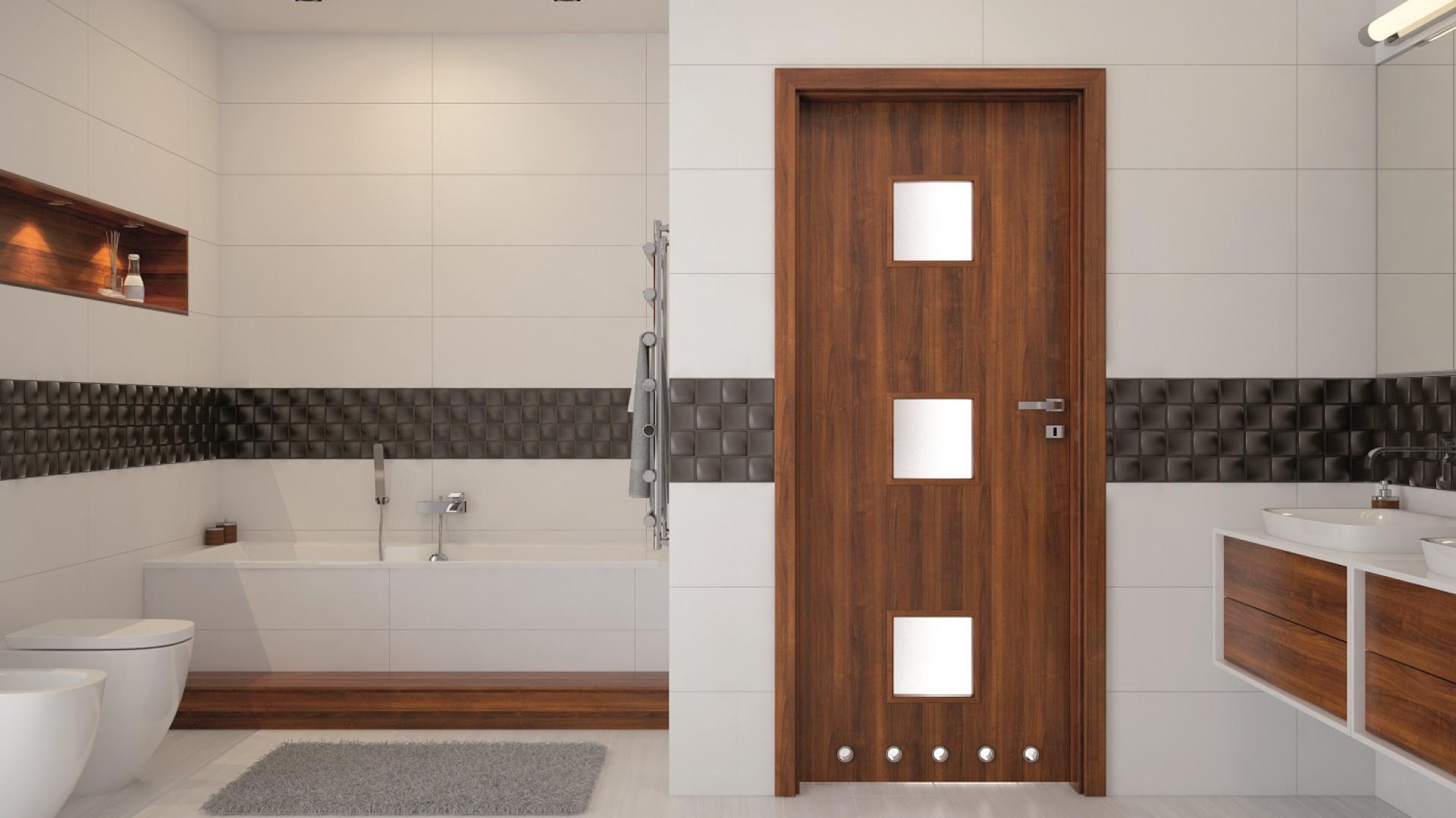 Nowoczesne drzwi do łazienki. Fot. Invado