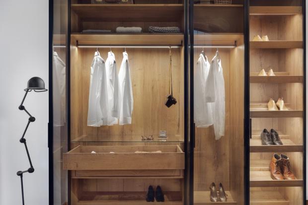 Urządzamy garderobę: zobacz modne drzwi