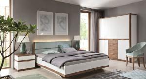 Wiosna to czas remontów i odświeżania aranżacji wnętrz. Przy tej okazji warto sprawdzić co nowego proponują producenci mebli do sypialni.