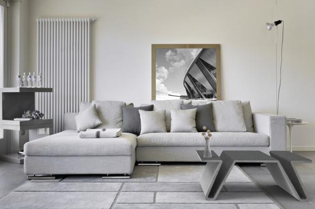 Jak wykorzystać beton w nowoczesnym salonie? Porady i inspiracje