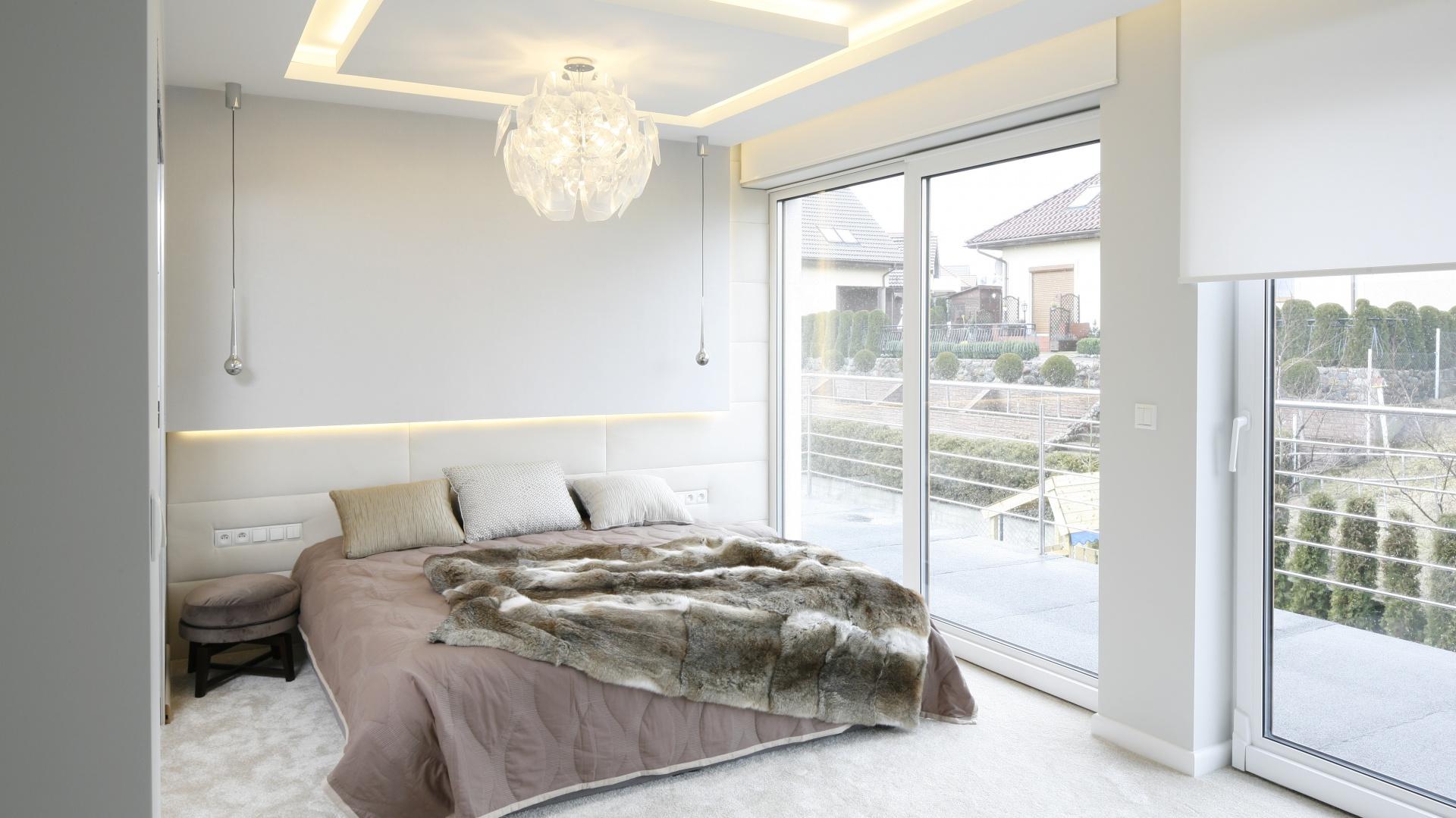 oświetlenie w sypialni aranżacje sypialni dużych i