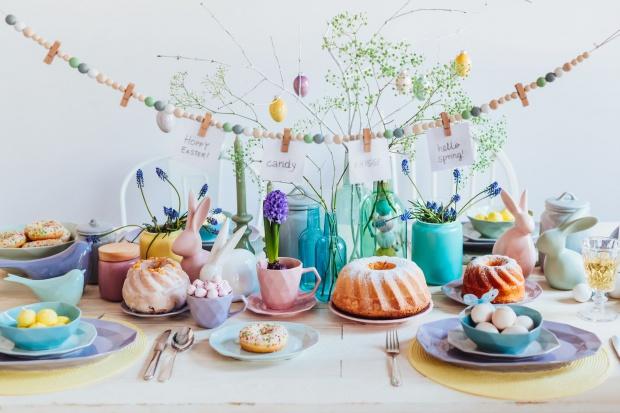 Wiosna na stole: piękne wielkanocne aranżacje