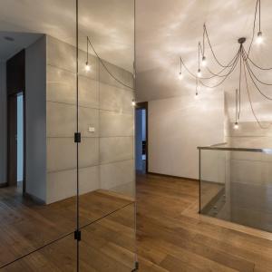 Wnętrze w nowoczesnym stylu. Projekt: Anna Kasprzycka. Fot. Krzysztof Szkolnicki