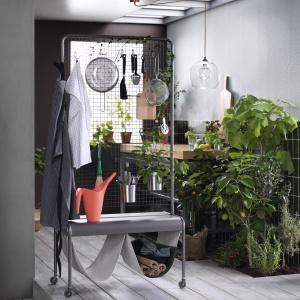 Ścianka działowa, stal malowana proszkowo - 499 zł. Fot. IKEA