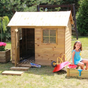 Drewniany domek Witek. Fot. 4IQ