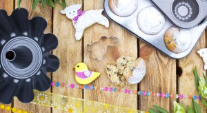 Jednym z najprzyjemniejszych wspomnień z dzieciństwa jest bez wątpienia rozchodzący się po całym domu zapach pieczonego ciasta. Poza oczywistą perspektywą pysznego posiłku kojarzy się on z rodzinnym ciepłem i poczuciem bezpieczeństwa.