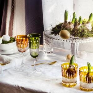 Pomysł na dekorację świątecznego stołu. Fot. Huta Julia