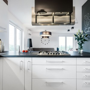 Szuflady w kuchni. Fot. Studio Max Kuchnie Meblostyl
