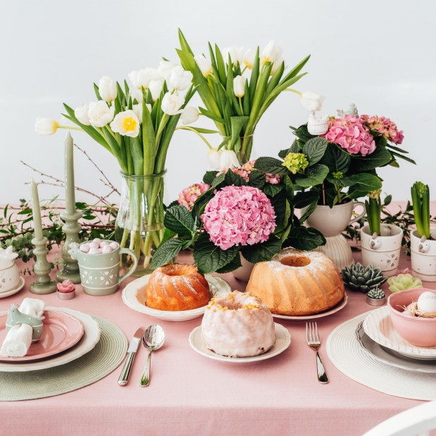 Śniadanie wielkanocne - 15 pięknych stylizacji stołu