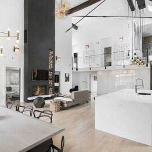 Takiego domu niejeden z nas pozazdrościłby właścicielom, prawda? Projekt: Linc Thelen Design. Fot. Jim Tschetter