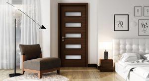 Ta kolekcjato idealne drzwi dla tych, którzy cenią harmonię i nowoczesność w swoim pomieszczeniu. Tym bardziej, że szeroki wybór odcieni oraz różnicowany stopień przeszkleń pozwoli bez trudu dopasować je do każdego wnętrza.