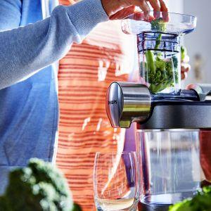 Dieta oczyszczająca: postaw na świeżo wyciskane soki z warzyw i owoców. Fot. Philips