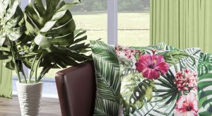 Na wiosnę zrobiło się zielono – nie tylko za oknem, ale także we wnętrzach. Wszystko za sprawą nowego motywu dekoracyjnego – zielone liście palmy i monstery to największy hit tego sezonu.
