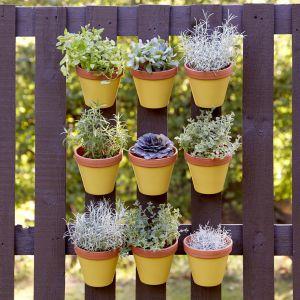Meble do ogrodu zrobione z palet. Fot. Altax Viva Garden