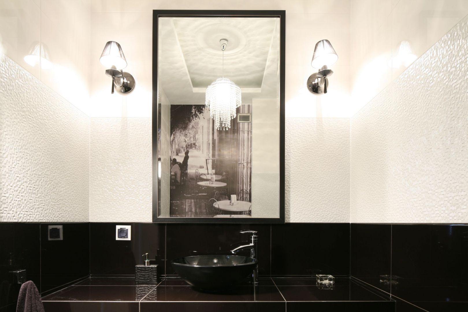 Łazienka dla gości. Projekt: właściciele. Fot. Bartosz Jarosz