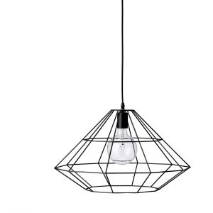 Metalowy szkielet lamp z kolekcji PERNILLE otula żarówkę geometryczną formą. Fot. Bloomingville