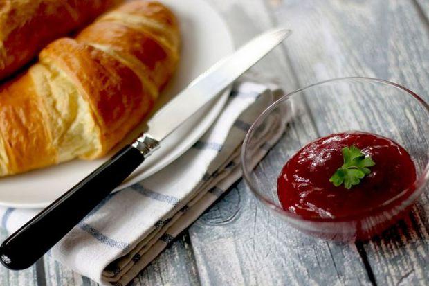 Pożywne śniadanie warto na dobre wprowadzić do naszego planu dnia i stworzyć z tego przyjemny i smaczny rytuał. Co możemy dzięki temu zyskać?