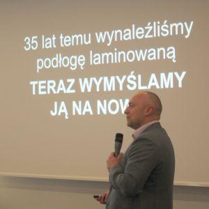 Studio Dobrych Rozwiązań w Szczecinie. Wykłada Tomasza Kwarta, Pergo.