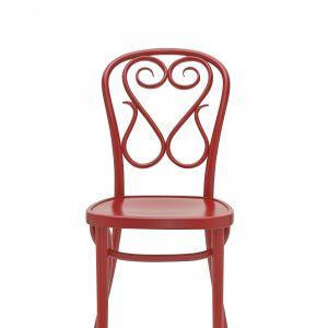 Model A-4 to ręcznie gięte krzesło w tradycyjnej stylistyce. Fot. Fameg
