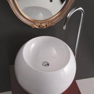 Kolista umywalka nablatowa Sfera marki Disegno. Fot. Disegno