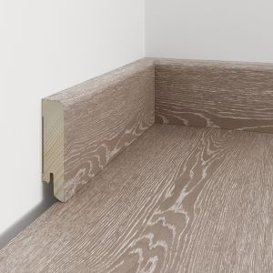 Idealnie połączenie podłogi i listwy. Fot. Baltic Wood