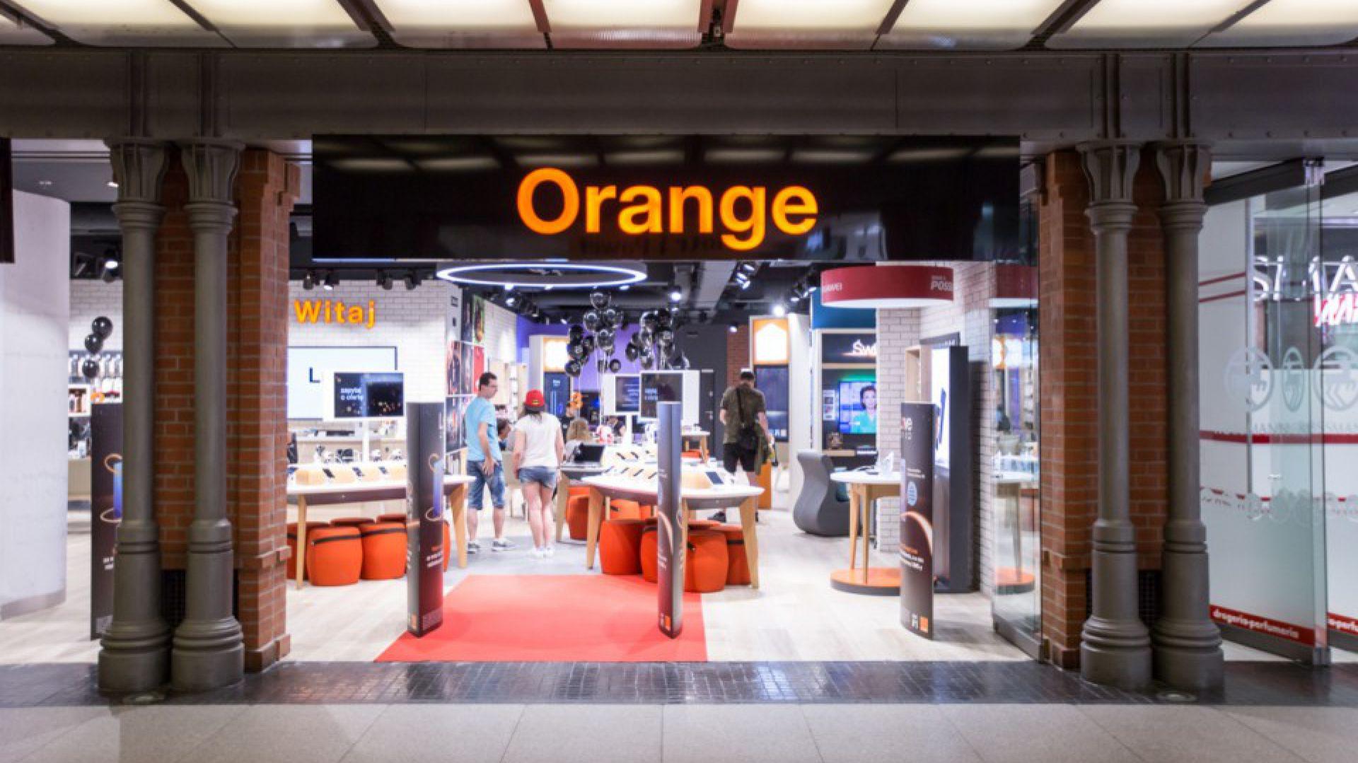 Orange Smart Store, fot. Jakub Wittchen