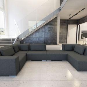 Sofa w salonie. Zestaw Cube. Fot. Adriana Furniture