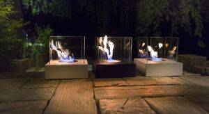 Tradycyjne ognisko na świeżym powietrzu, można zastąpić eleganckim kominkiem gazowym lub designerskim biokominkiem