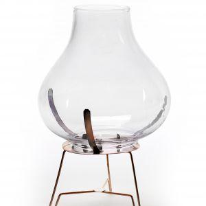 Świecznik VINTAGE przypomną naftową lampkę. Fot. Serax