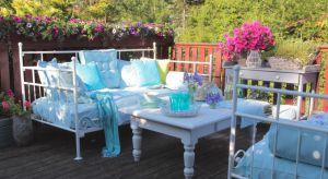 Śniadanie na tarasie przy pierwszych promieniach słońca, spokojny i rodzinny obiad na świeżym powietrzu lub romantyczna kolacja w ogrodzie – to wszystko jest możliwe dzięki odpowiedniej aranżacji tarasu.