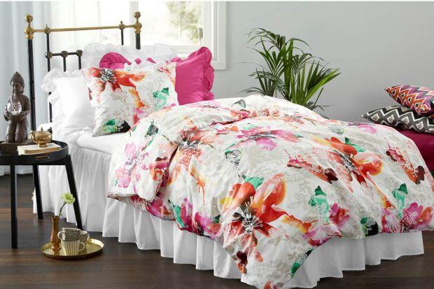 Modna sypialnia - wybieramy pościel w kwiaty