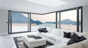 Tarasowe drzwi narożne DA-77 HST todoskonałe rozwiązanie dla osób poszukujących dużych i efektownych przeszkleń, pozwalających na harmonijnie połączenie wnętrza domu z balkonem, tarasem czy otwartą przestrzenią ogrodu.