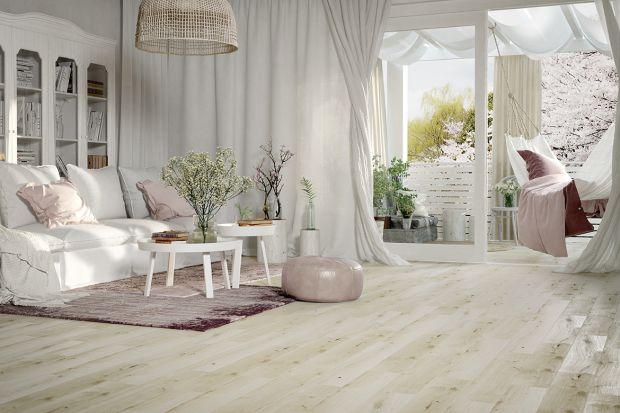 Materiały na podłogi - płytki jak drewno