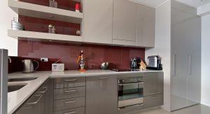 Szukasz oryginalnego materiału, aby wykończyć ściany w kuchni lub w łazience? Idealną propozycją są oferowane przez Holz Tusche panele ścienne AIuSplash. To materiał trwały, ale i niezwykle estetyczny. <br /><br />