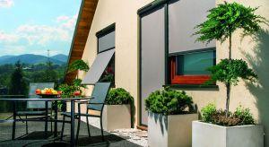 Warto zadbać o wyposażenie domuw nowoczesne osłony okienne, które, dobrze zamontowane, zapewnią nam komfort nawet w czasie upalnego lata.