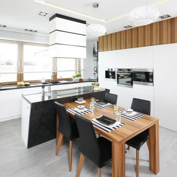 15 pomysłów na wysoką zabudowę w kuchni
