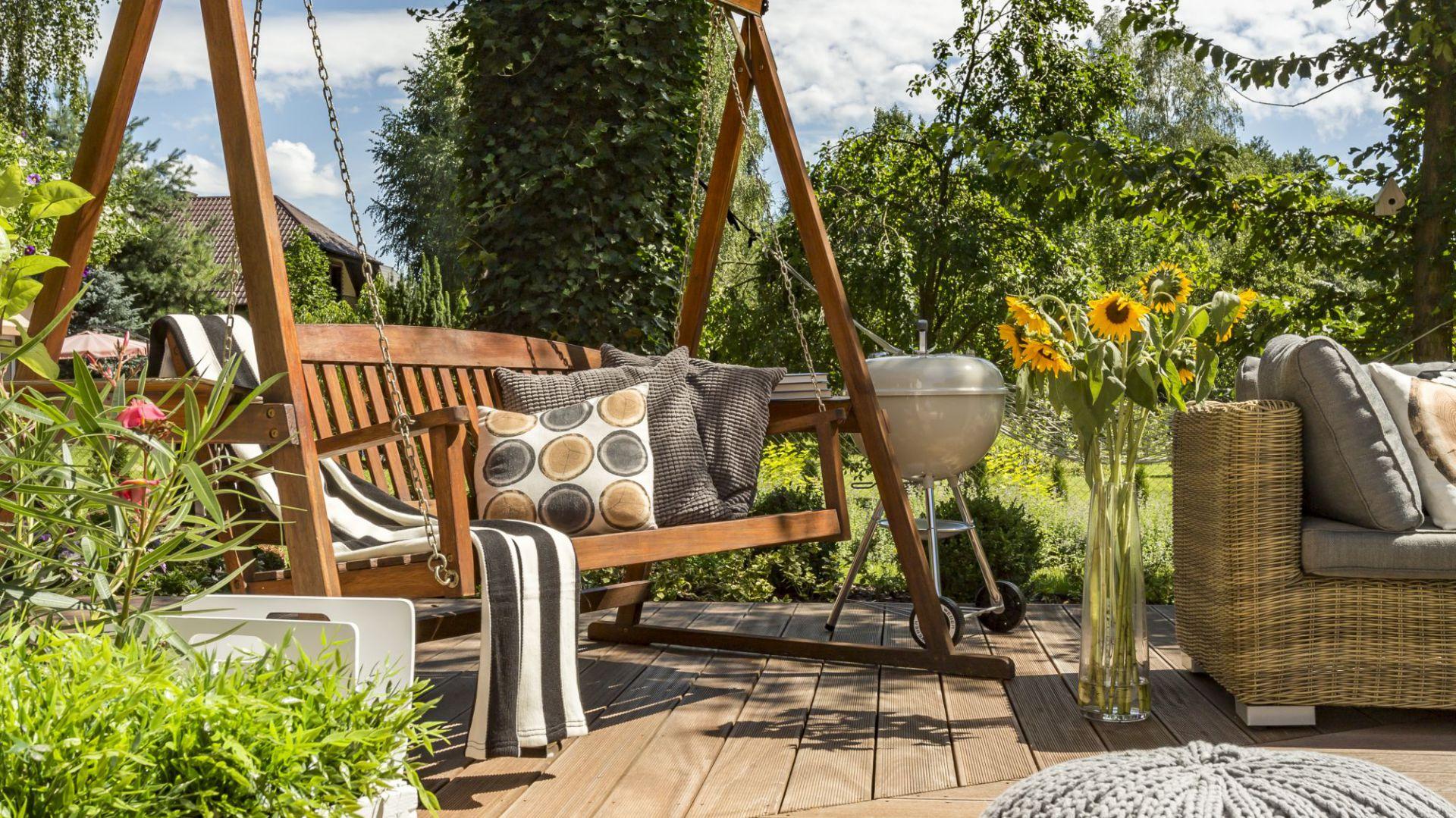 Impregnacja drewna w ogrodzie. Fot. Bondex