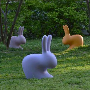 Dekoracje i oświetlenie do ogrodu.Rabbit.  Fot. Qeeboo/Dutchhouse.pl