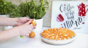 W letnim, kuchennym warsztacie powinny obok warzyw i owoców znaleźć się praktyczne akcesoria, które pozwolą na przyrządzanie posiłków – garnki, patelnie, szklane salaterki, miski i miseczki, deski do krojenia i oczywiście niezastąpione noże