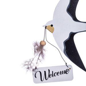 Dekoracyjne zawieszki Pensel w kształcie jaskółek, zapraszają gości i domowników. Fot.  Duka