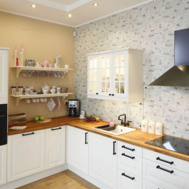 Blat w kuchni: 5 pomysłów na drewno