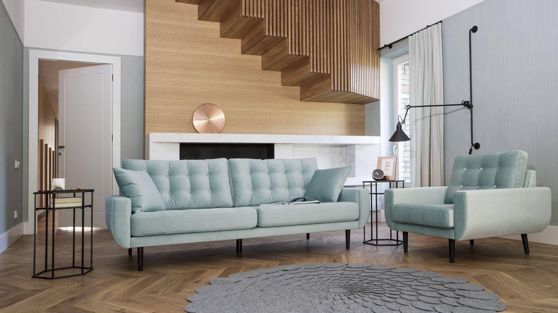 Sofa Rock ma eleganckie, pikowane oparcie. Fot. Bizzarto